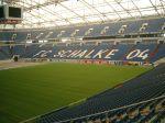 Veltins-Arena mit wanderndem Rasen, Bild von Erbsensuppe, Wikpedia, Lizenz: CC-BY-SA 3.0
