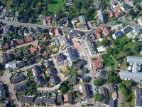 Dorfmitte Spellen, Luftbild von Hermann Schroer, Wikipedia. Lizenz: cc-by-sa 3.0