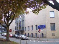 Das ehemalige Gebäude am Ostwall, Bild von Stahlkocher, Wikipedia. Lizenz: cc-by-sa 3.0