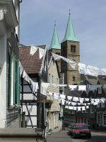 Altstadtfest mit Christuskirche, Bild von Schwelmer, Wikipedia. Lizenz: cc-by-sa 3.0