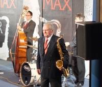 Max Gerger 2008 bei einem Auftritt im Ostalbgymnasium Bopfingen, Bild von Nicomeier333, Wikipedia, Lizenz: cc-by-sa 3.0